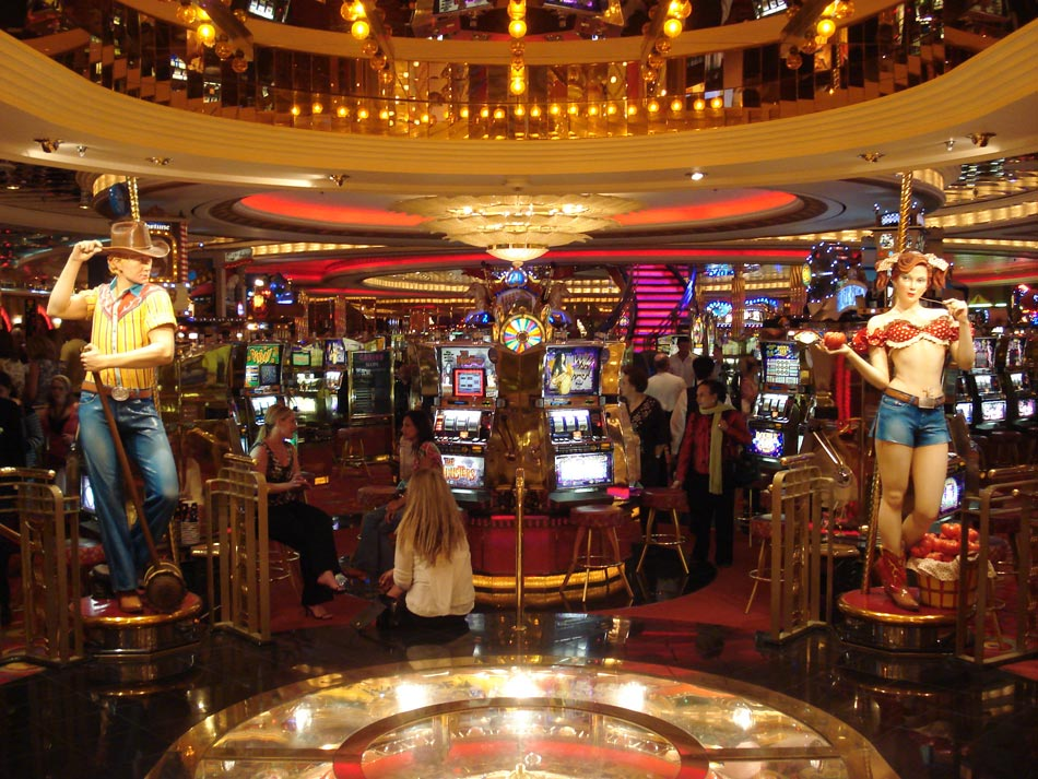 Mariner Of The Seas Entertainment